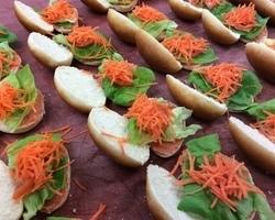 Mini sandwiches met groenten