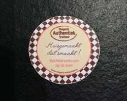 Portobello (1st.) met Reblochon kaas & slaatje