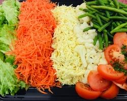 Koude groenteschotel